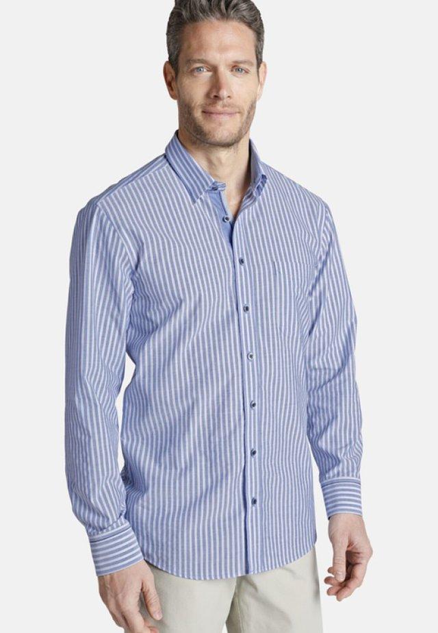 HAMISH REGULAR FIT - Shirt - blue/white
