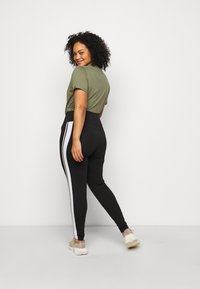 New Look Curves - DOUBLE SIDE STRIPE - Leggings - Trousers - black - 2