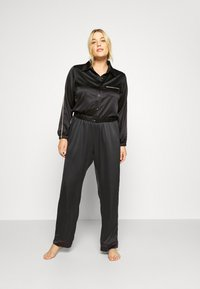 Ashley Graham Lingerie by Addition Elle - FASHION CROPPED TOP - Pyjamashirt - black - 1