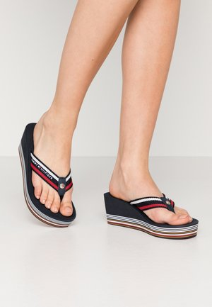STRIPY WEDGE BEACH SANDAL - Flip Flops - red/white/blue
