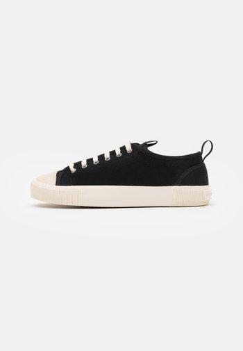 SOLENT - Sneakers laag - black