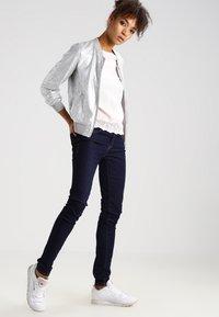 Mavi - ADRIANA - Jeans Skinny Fit - rinse rome - 2
