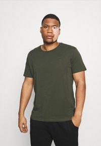 LTB - 3 PACK - Basic T-shirt - black/olive/grey melange - 4
