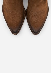 Felmini - WEST  - Ankle boots - marvin brown - 5