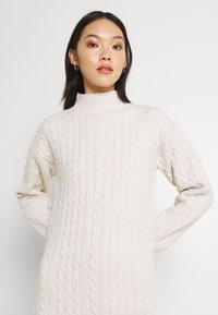 Fashion Union - JOANSIE - Gebreide jurk - cream - 3