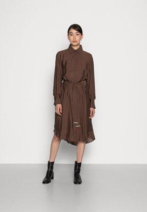 BOGDA  DRESS - Day dress - coffee brown