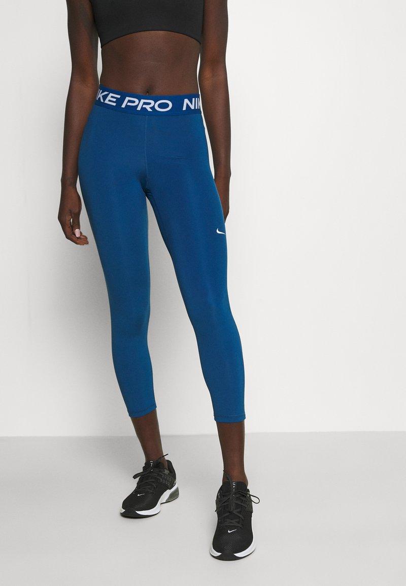 Nike Performance - CROP - Leggings - court blue/white