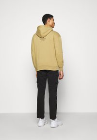 Han Kjøbenhavn - ARTWORK HOODIE - Hoodie - faded tan - 2