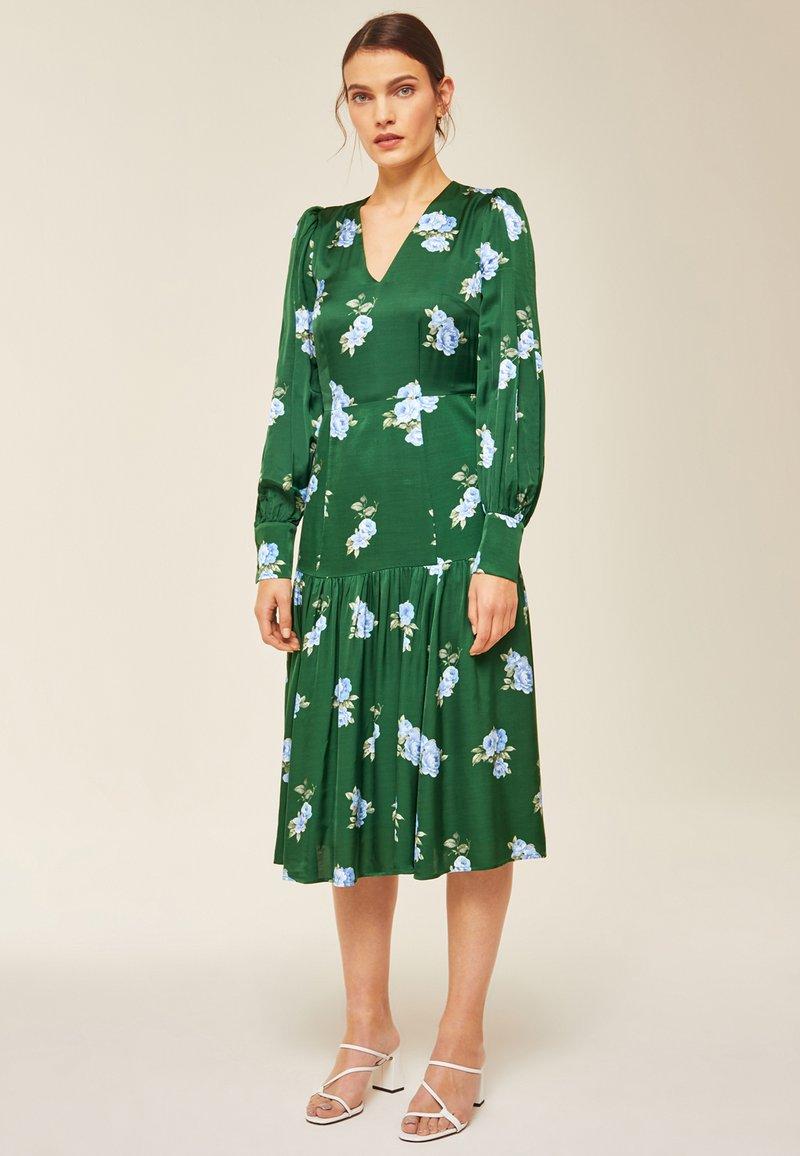 IVY & OAK - PUFFY DRESS MIDI - Day dress - green