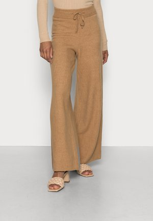 FLEX WIDE LEG PANT - Tracksuit bottoms - countryside khaki