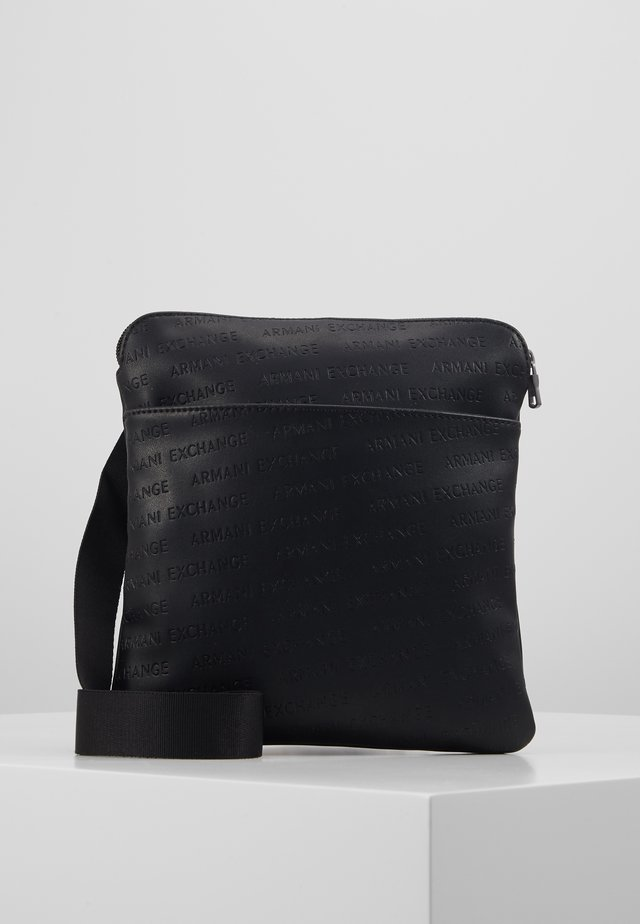 SMALL CROSSBODY BAG - Axelremsväska - black