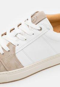 GREATS - COURT - Sneakers laag - blanco/grey - 5