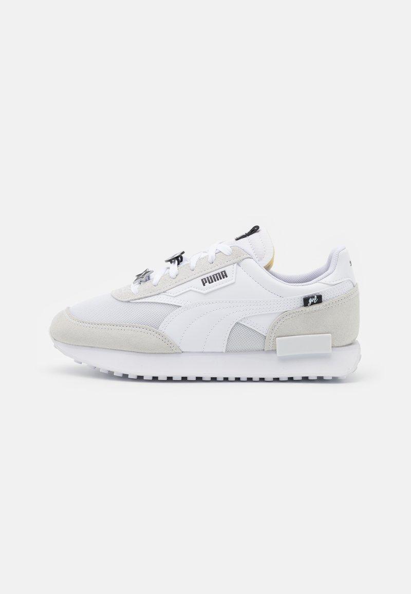 Puma - FUTURE RIDER GALENTINES  - Trainers - white/black/silver