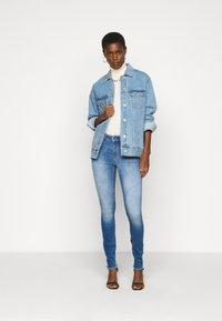 ONLY Tall - ONLBLUSH LIFE - Jeans Skinny Fit - medium blue denim - 1