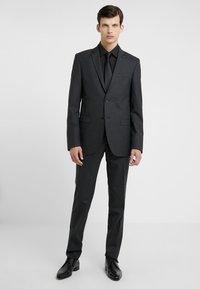 Bruuns Bazaar - KARL SUIT - Suit - black - 0