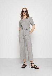 Even&Odd - BASIC - Ribbed short sleeves belted jumpsuit - Jumpsuit - mottled grey - 1