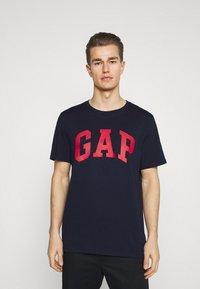 GAP - BASIC ARCH 2 PACK - Print T-shirt - blue/white - 3