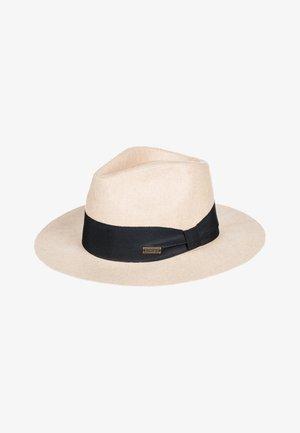 MY LAST NAME - Hat - tapioca