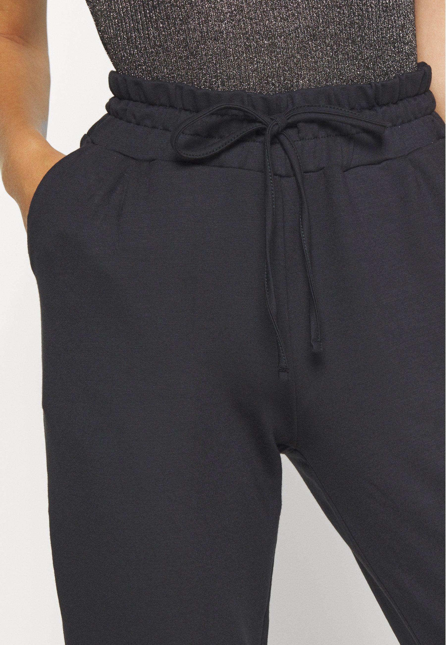 selma bukse