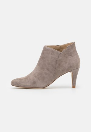 LEATHER - Ankle boots - grey
