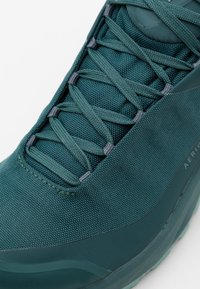 Arc'teryx - AERIOS FL MID GTX W - Hiking shoes - astral/devine - 5