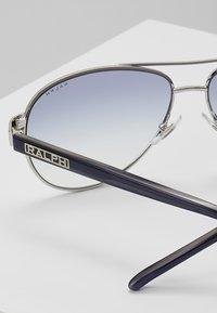 RALPH Ralph Lauren - Sunglasses - blue gradient - 4