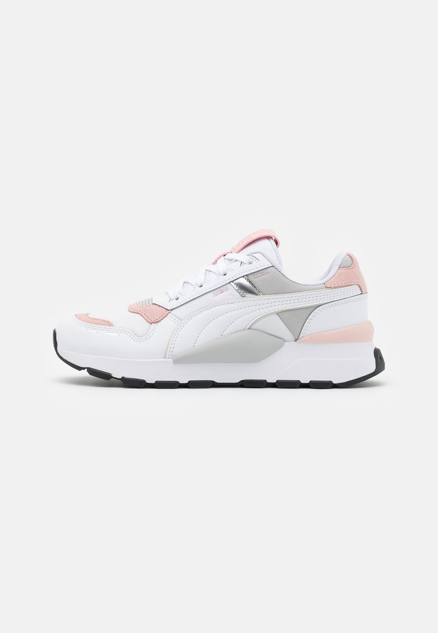 RS 2.0 FUTURA  - Sneakers laag - white/peachskin