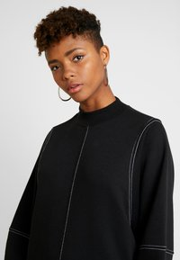 Monki - KARIN DRESS - Jerseykjole - black/white - 6
