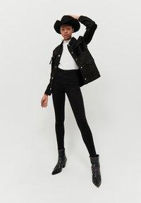 TALLY WEiJL - SKINNY  - Jeans Skinny Fit - black - 1