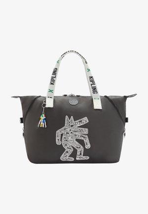 Shopping bags - kh chalk art