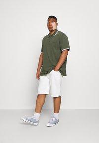 Johnny Bigg - HARPER TIPPED - Polo shirt - khaki - 1