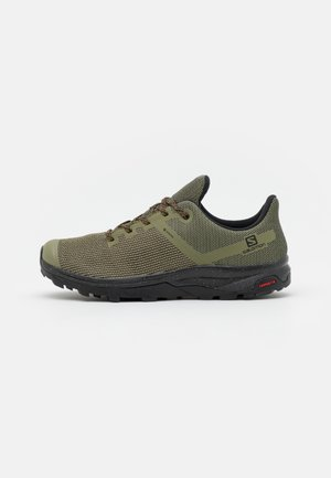 OUTLINE PRISM GTX - Hiking shoes - deep lichen green/black/cumin