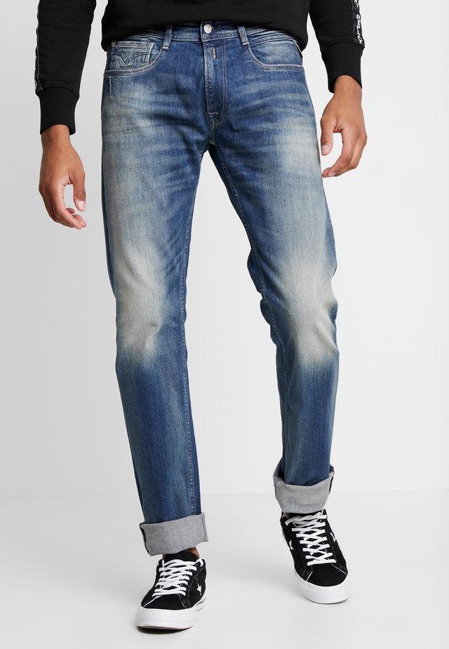 NEWBILL  - Straight leg jeans - medium blue
