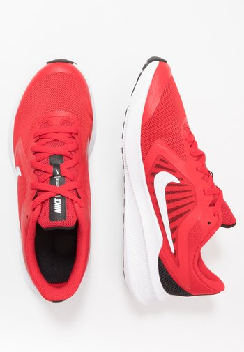 DOWNSHIFTER - Neutral running shoes - university red/white/black