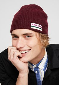Scotch & Soda - BEANIE IN SOFT - Mütze - barbera