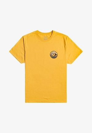 ROCKIES - Print T-shirt - gold