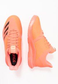 adidas Performance - CRAZYFLIGHT BOUNCE TOKYO - Volleyballsko - signal pink/core black/copper metallic - 1