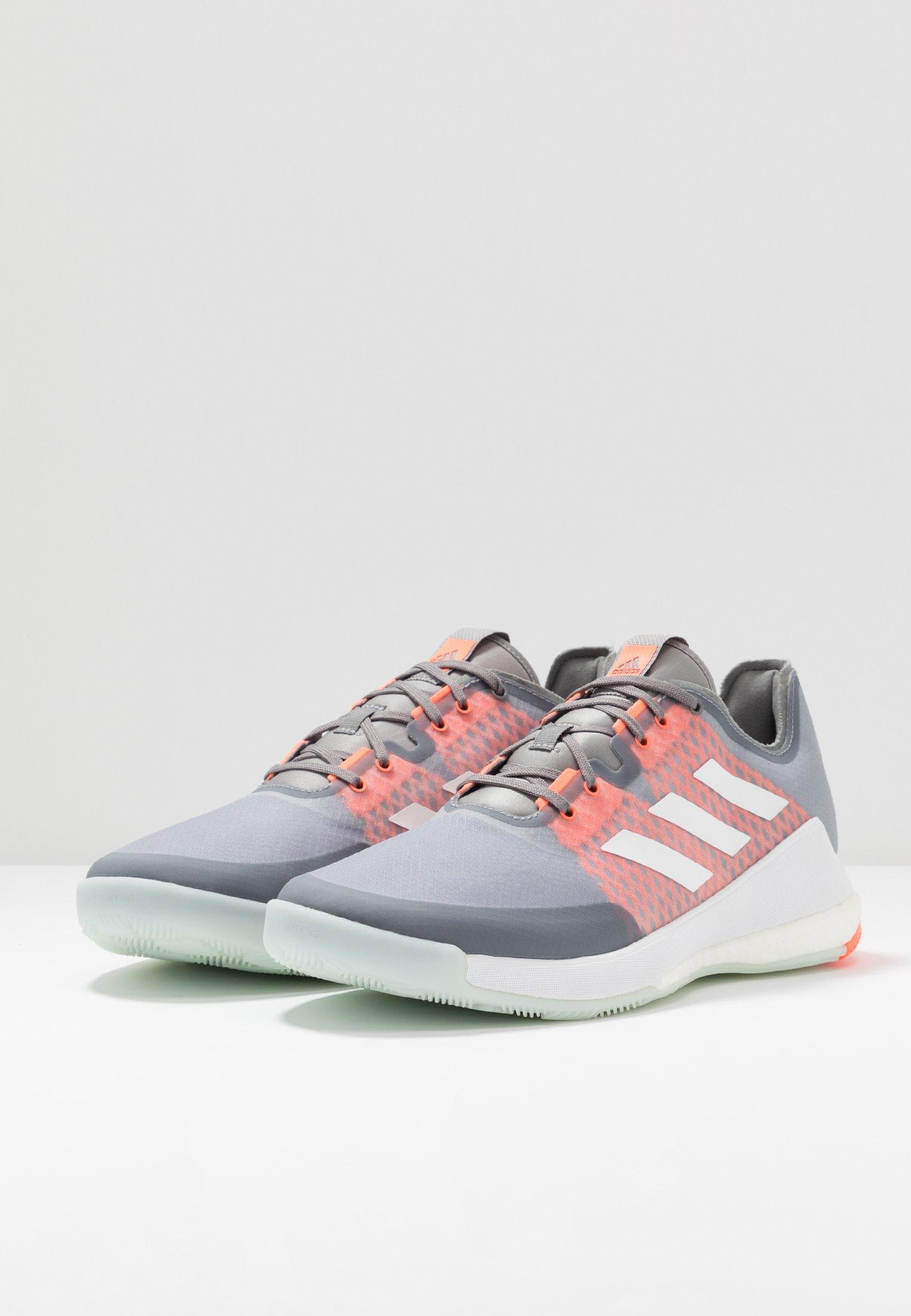 adidas Performance CRAZY FLIGHT BOOST INDOOR SPORTS SHOES - Volleyballschuh - grey three/footwear white/signal coral/grau - Herrenschuhe VHKU1