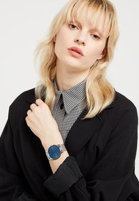 Lacoste - MOON - Watch - silver-coloured/blue - 1