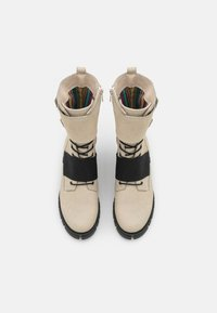 Felmini - SAURA - Šněrovací kotníkové boty - morat/off white/black - 5