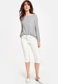 Gerry Weber - BEST - Denim shorts - white - 0