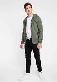 Cars Jeans - ISCAR - Zip-up hoodie - army - 1
