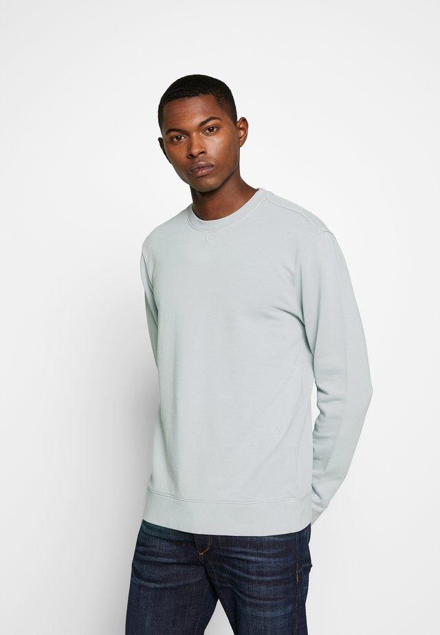 Sweater - sky