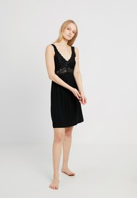 Hunkemöller - SLIPDRESS - Nightie - black - 1