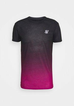 FADE TEE - Print T-shirt - black/pink