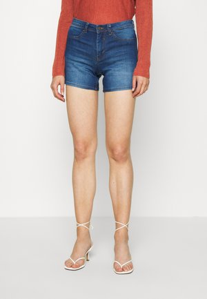 JDYNIKKI TREATS MIX - Jeans Shorts - medium blue denim