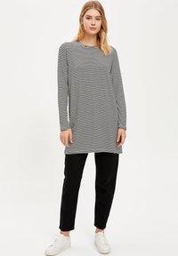 DeFacto - Long sleeved top - black - 1