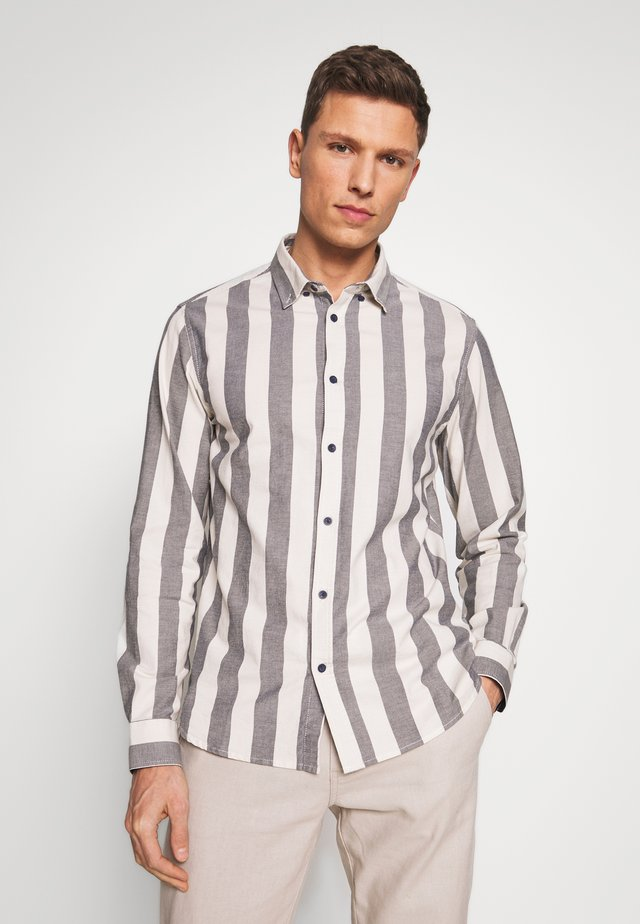 JUAN STRIPE - Shirt - insignia