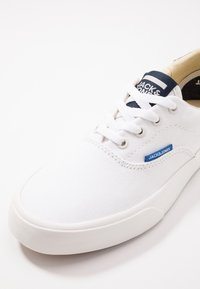 Jack & Jones Junior - JRMORK - Zapatillas - bright white - 2