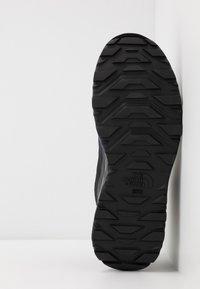 The North Face - M ACTIVIST MID FUTURELIGHT - Hiking shoes - blue/black - 4